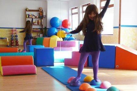 Giochi per bambini con ritardo psicomotorio giochi per for Giochi per bambini di un anno